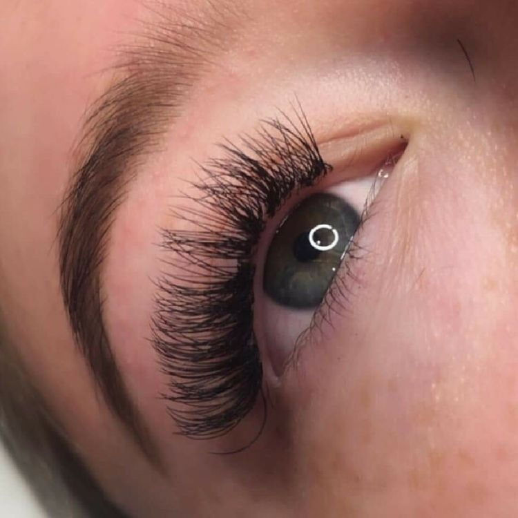 Lashes by Chloe