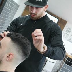 Luke - Ronin Barber Club