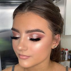 Flawless and Poreless - Makeup By Sophie, 5 thirsk close, DL9 4BW, Catterick Garrison