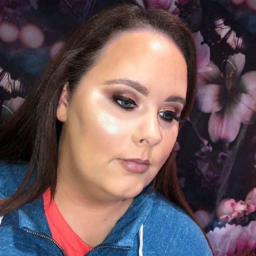 Makeup Artist - Repose Hair And Beauty
