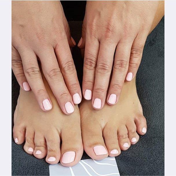 Massage - Cardiff Beauty Clinic