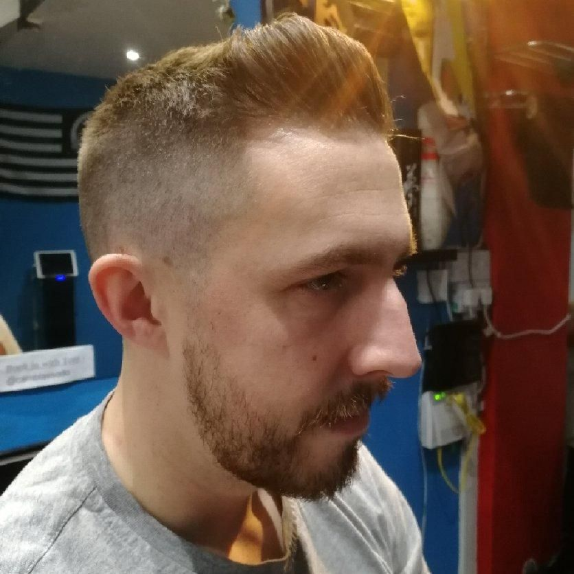 Hair Salon - Greasy Fingers Barbershop